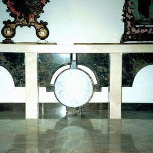 wnętrze kościoła 02